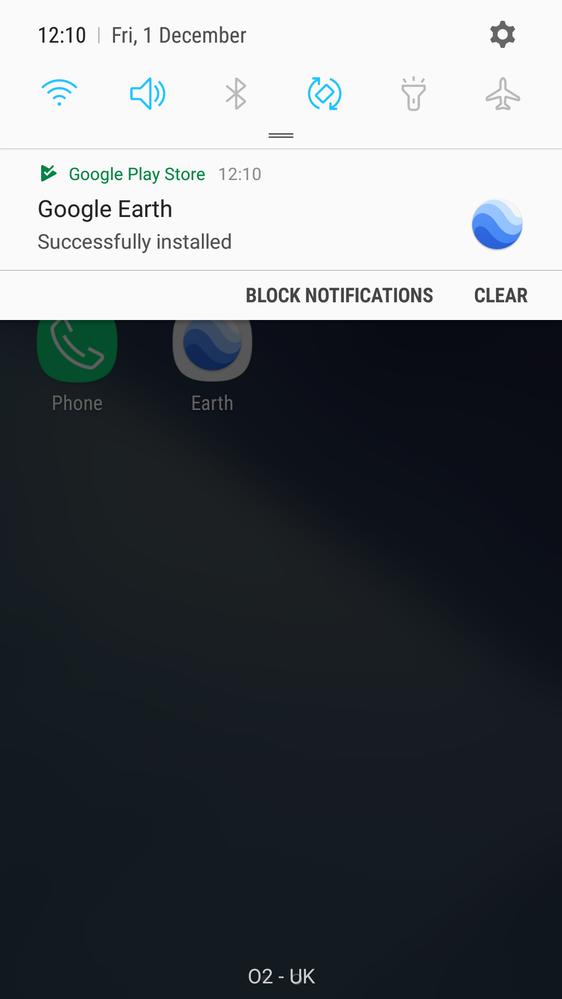 App auto installing
