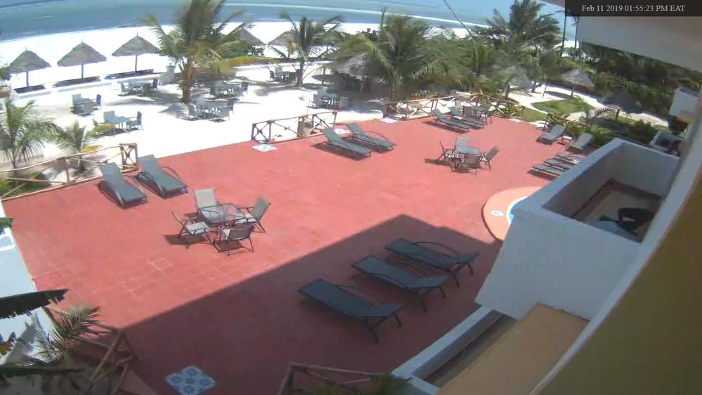 Screenshot - Pool and Beachfront - Feb 11 2019 015523 PM EAT.png